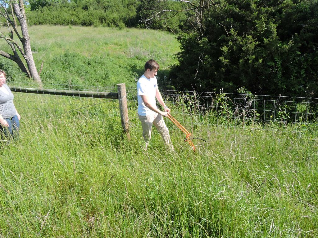 2016 Summer Intern-Measuring Fence Site Visit