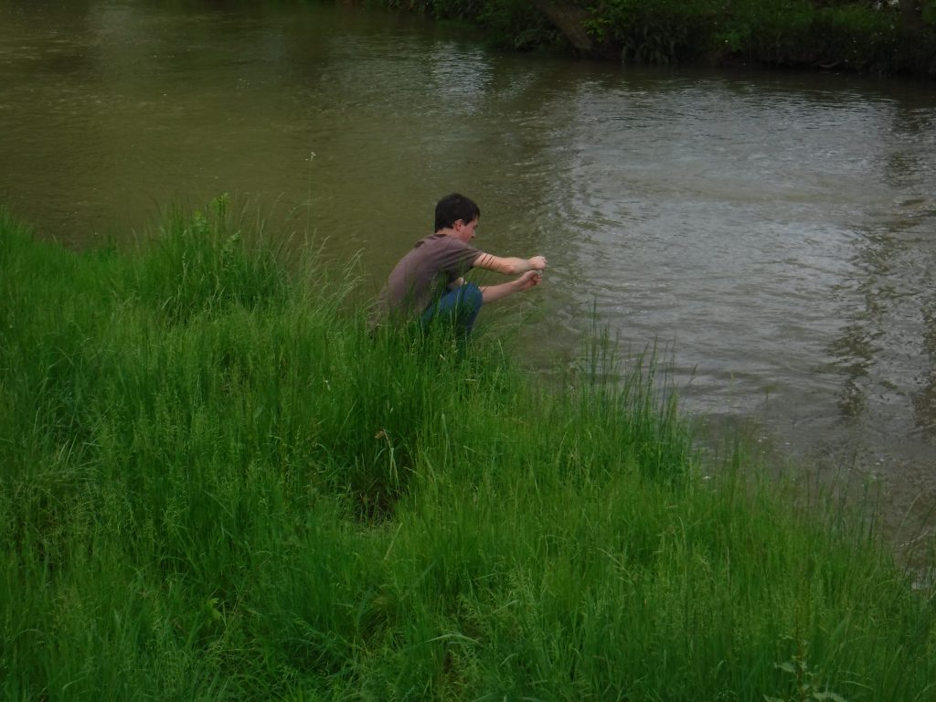 2016 Summer Intern-Collecting Water Samples